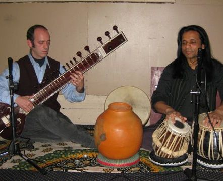 This group grew up exploring various traditional and contemporary Sri Lankan, North and South Indian music.
