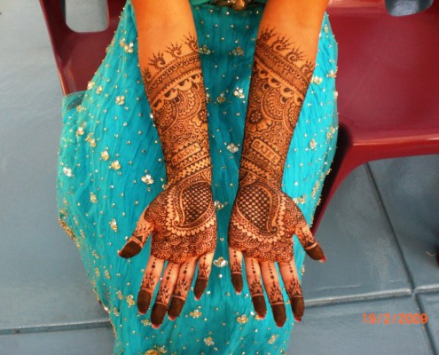 A traditional henna tattoo artist will be a real hit at events, as guests experience the feel of ancient Arabic art, first hand.